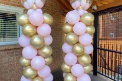Balloon-Pillars-With-Bubble-Balloon-On-Top