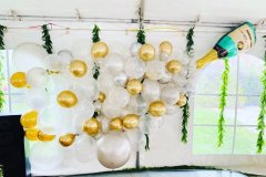 champagne-balloon-wall